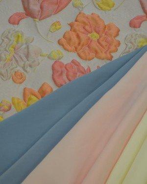 Жаккардовые ткани пастельных тонов